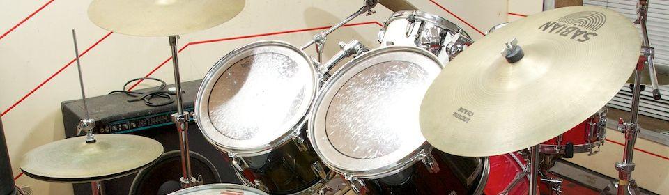 ♪楽器・音響機器販売、音楽教室を行っています♪